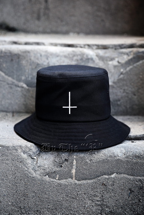 ProjcetR Cross Logo Emboridery Bucket Hat