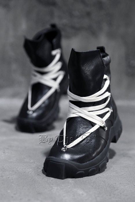 Lace up Black Hiking Boots