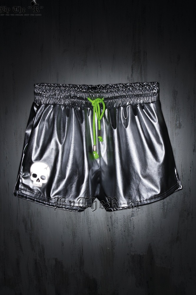 ByTheR Skull Embroidery Detail Beach Wear Style Shorts