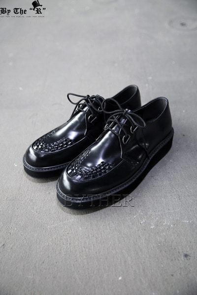 Cross Stripe Upper Leather Clipper Shoes