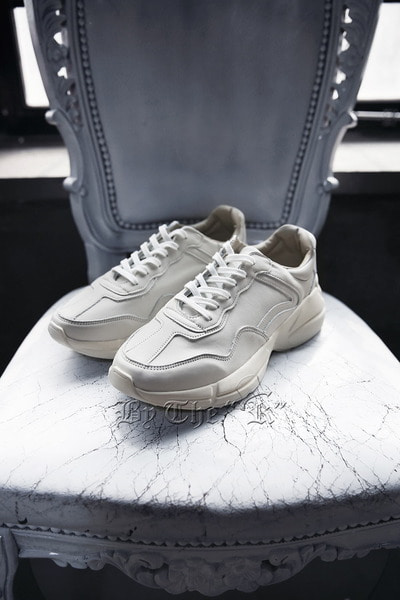 Clean Liton Leather Sneakers