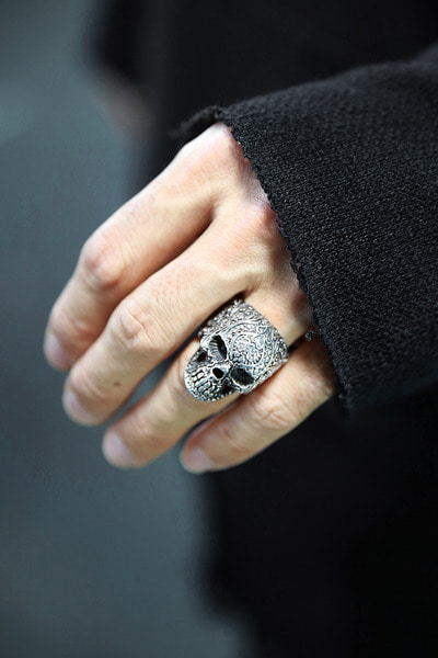 Ethnic Engraved Skull Metal Ring (Silver)