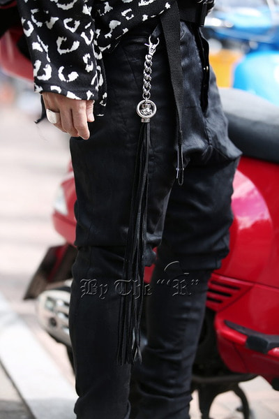 ByTheR Skull Chain Leather Tassel Keyring