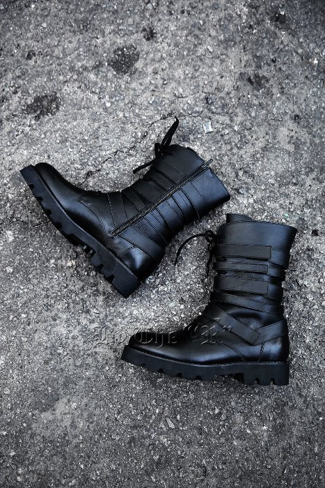 Five Belt Velcro Combat Boots
