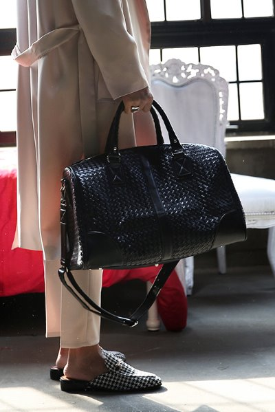 Latticework Leather Big Boston Bag
