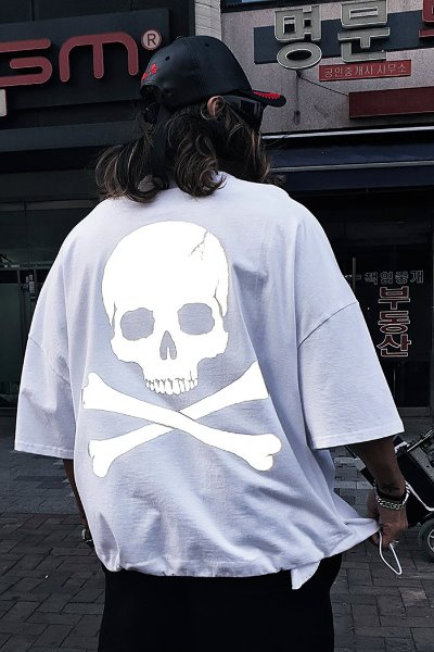 ByTheR Skull Logo Scotch Reflective Short Sleeve T-shirt